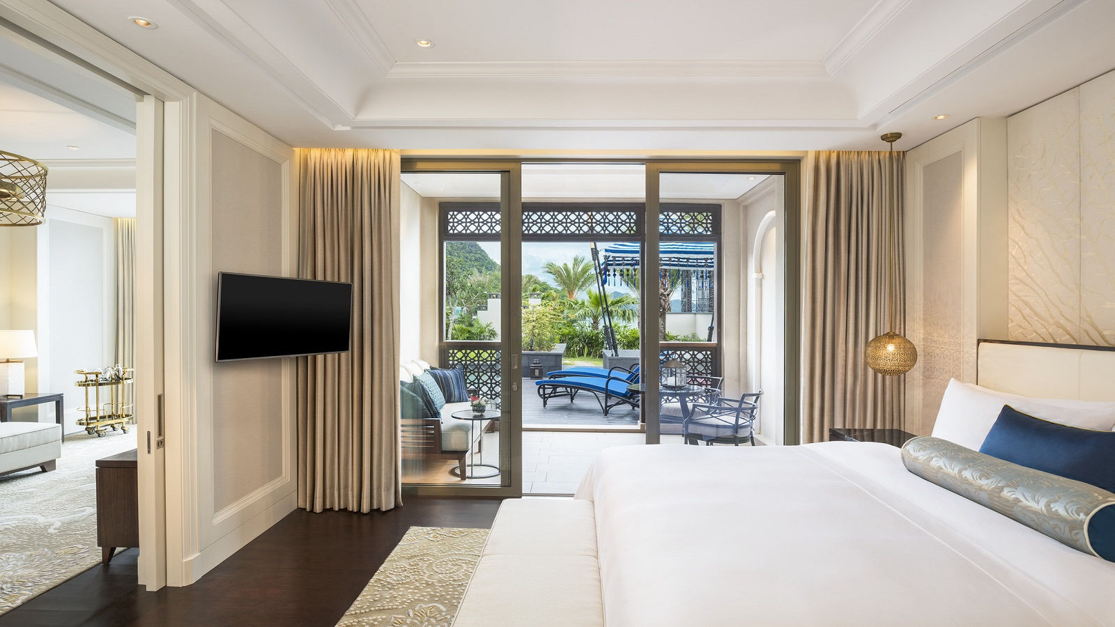 St. Regis Pool Suite | The St. Regis Langkawi