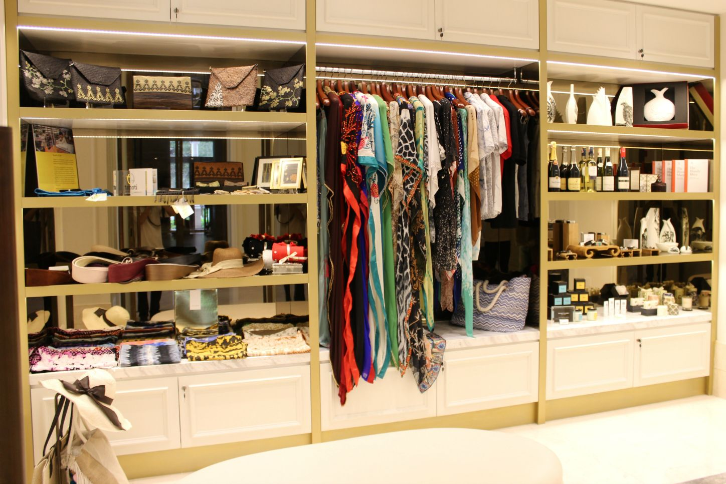 St. Regis Boutique - Luxury Shopping